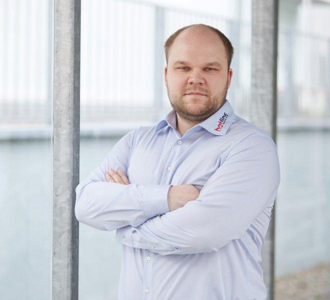 Andy Reuter Mitarbeiter Team SoftTec GmbH hotline Hotelsoftware Direktbuchbarkeit Kassensysteme Gutschein Tool