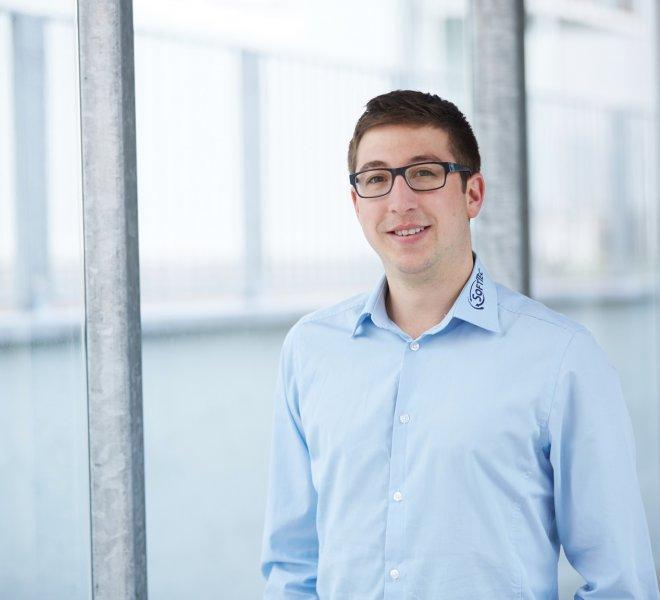 Florian Glenk Mitarbeiter Team SoftTec GmbH hotline Hotelsoftware Direktbuchbarkeit Kassensysteme Gutschein Tool