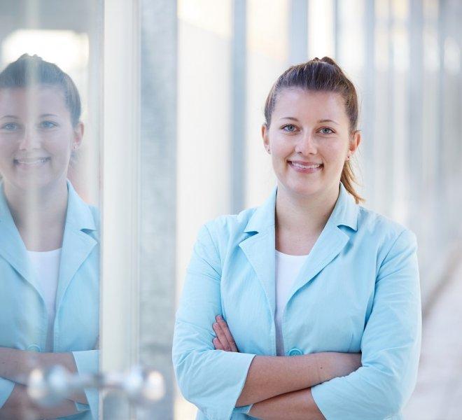 Nicole Pilz Mitarbeiter Team SoftTec GmbH hotline Hotelsoftware Direktbuchbarkeit Kassensysteme Gutschein Tool