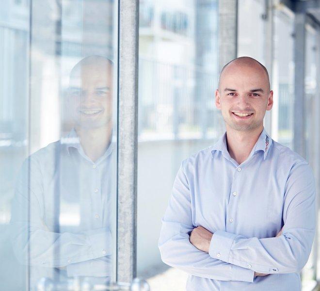 Oliver Anschütz Mitarbeiter Team SoftTec GmbH hotline Hotelsoftware Direktbuchbarkeit Kassensysteme Gutschein Tool