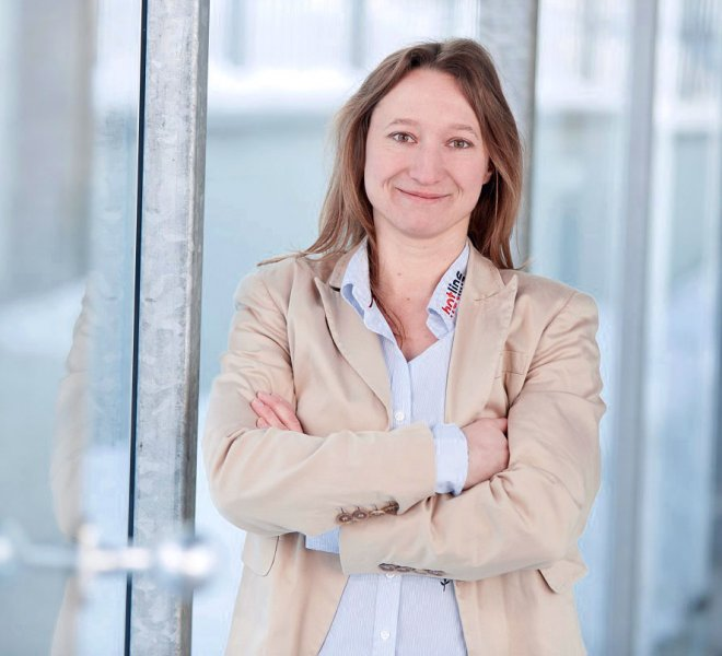 Ilona Hochwimmer Mitarbeiter Team SoftTec GmbH hotline Hotelsoftware Direktbuchbarkeit Kassensysteme Gutschein Tool